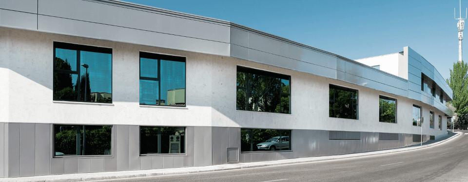 Business center madrid las rozas edif madro os 1 for Alquiler de bajos con jardin en las rozas